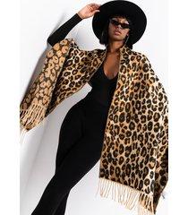 akira soft side knit cheetah scarf