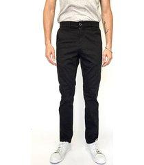 pantalón negro prototype chino