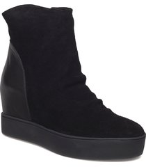 trish s shoes boots ankle boots ankle boots with heel svart shoe the bear