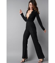 na-kd party deep v-neck lace detail jumpsuit - black