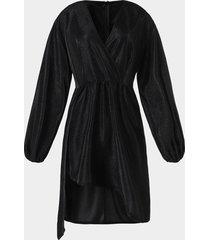 vestido de manga larga con cuello en v y diseño de purpurina negra