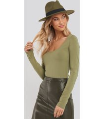 na-kd basic round neck body - green