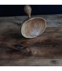 drewniana łyżeczka rzeźbiona dąb
