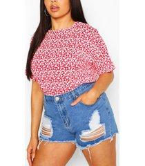 mono oversized t-shirt met kleine bloemenprint in plusmaten, rood