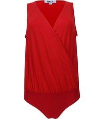 body unicolor manga sisa  escote en v color rojo, talla 8