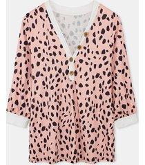 camicetta con bottoni taglia plus a maniche lunghe con scollo a v leopardato