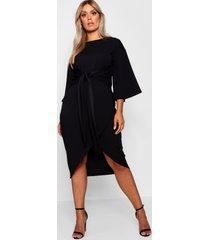 plus wikkel jurk met wijde kimonomouwen, zwart