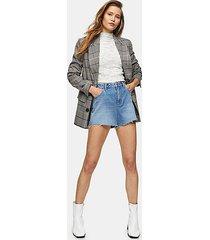 premium blue denim mom shorts - mid stone