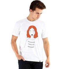 camiseta ouroboros liberdade masculina