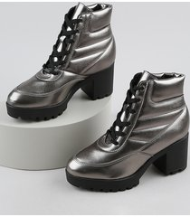 bota coturno feminina vizzano cano curto salto grosso médio tratorado metalizada grafite