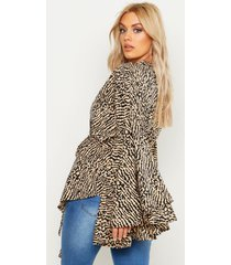 plus printed extreme sleeve wrap top, camel