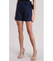 short feminino reto em linho e amarração azul marinho
