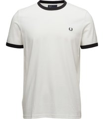 ringer t-shirt t-shirts short-sleeved creme fred perry