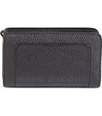 compact leather continental wallet