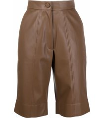 materiel knee-length faux-leather shorts - brown