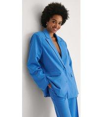 khaoula x na-kd slits blazer med detaljer - blue