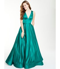 glamour by terani juniors' satin gown