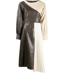 andersson bell faux leather pleats combo dress - brown