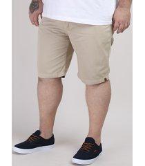 bermuda de sarja masculina plus size reta com bolsos kaki