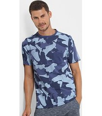 camiseta burn camuflada sneakers masculina