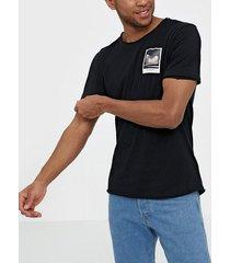 jack & jones jorpanax tee ss crew neck slim fit t-shirts & linnen svart
