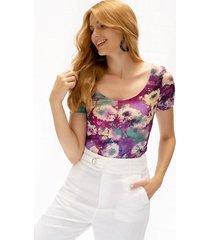 camiseta adrissa manga corta cuello u estampado flores