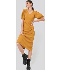 na-kd textured midi dress - orange