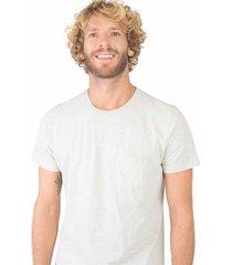 t-shirt básica premium com bolso cru cru/m - kanui