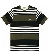 camiseta pau a pique listrada verde musgo