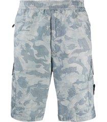 stone island camouflage print cargo shorts - blue