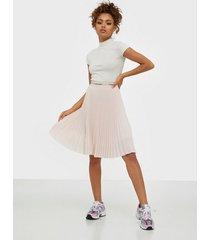 calvin klein sunray pleat midi elastic skirt midikjolar