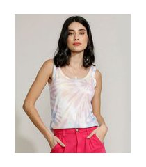 regata feminina canelada estampada tie dye alça larga decote redondo multicor