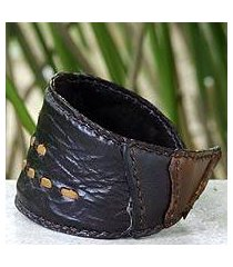 leather wristband bracelet, 'golden path' (thailand)