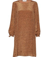 romy short dress knälång klänning brun storm & marie