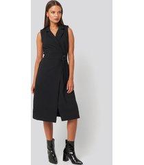 trendyol buckle detail midi dress - black