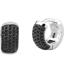 brinco argola de 12mm cravejado com cristais zircônias negras banhado a ródio branco