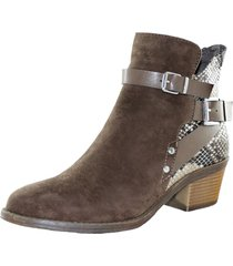 botin  brown danicolle