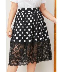 falda de lunares de encaje negro de talla grande
