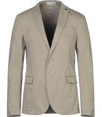 manuel ritz white blazers
