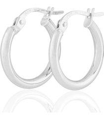 orecchini a cerchio in oro bianco per donna