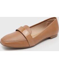 zapato plano camel beira rio