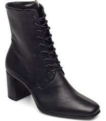 shape 60 squared shoes boots ankle boots ankle boot - heel svart ecco