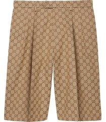 gucci gg supreme bermuda shorts - neutrals