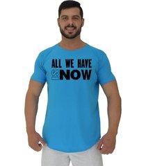camiseta longline alto conceito all we have is now azul piscina - azul - masculino - algodã£o - dafiti