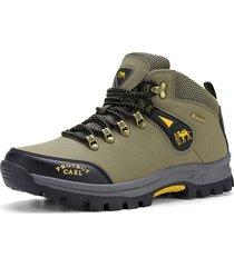 sneakers da trekking indossabili per uomo