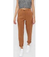 pantalón marrón desiderata patricia