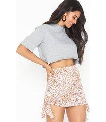 glamorous mini flower skirt minikjolar