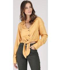 camisa feminina cropped com nó manga longa mostarda