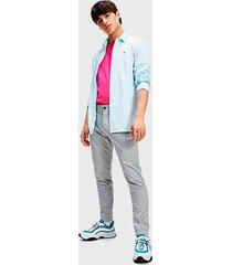 camisa tommy jeans tjm stretch oxford shirt celeste - calce slim fit