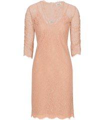 spetsklänning total dress